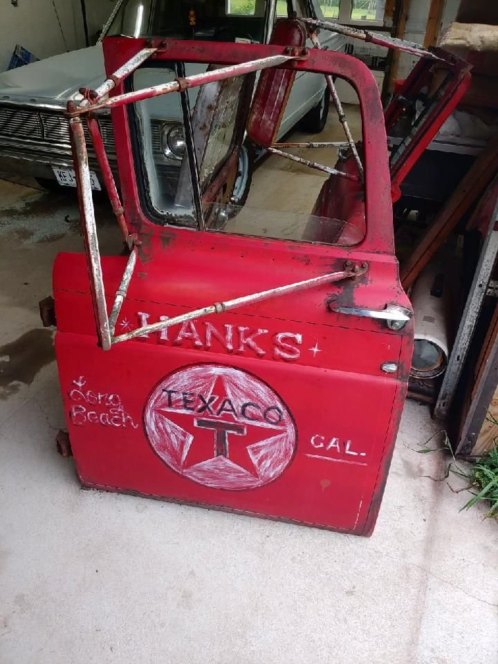 Garage ART Hank's Texaco - Truck Door