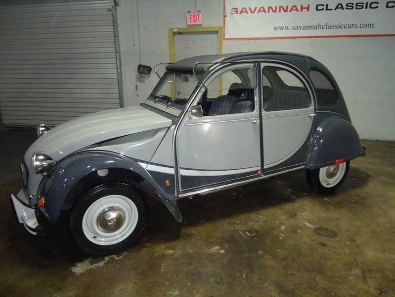 1963 citroen 2cv charlston edition