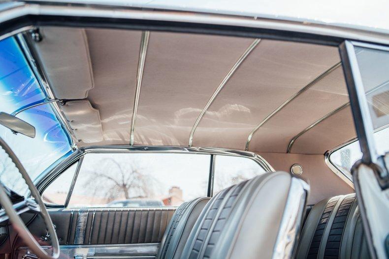 1962 Oldsmobile Starfire 33