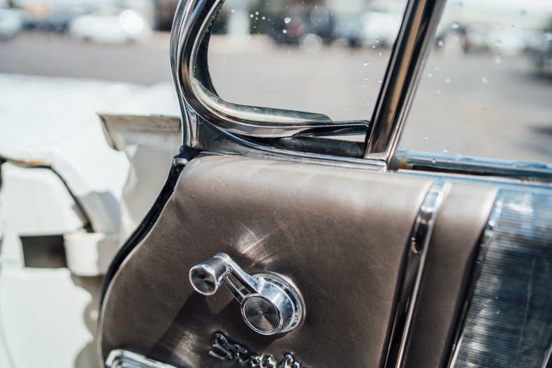 1962 Oldsmobile Starfire 41