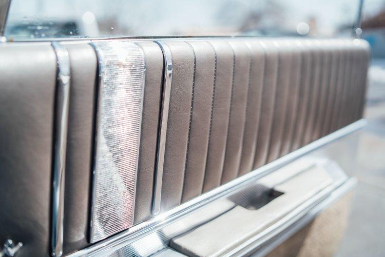 1962 Oldsmobile Starfire 43