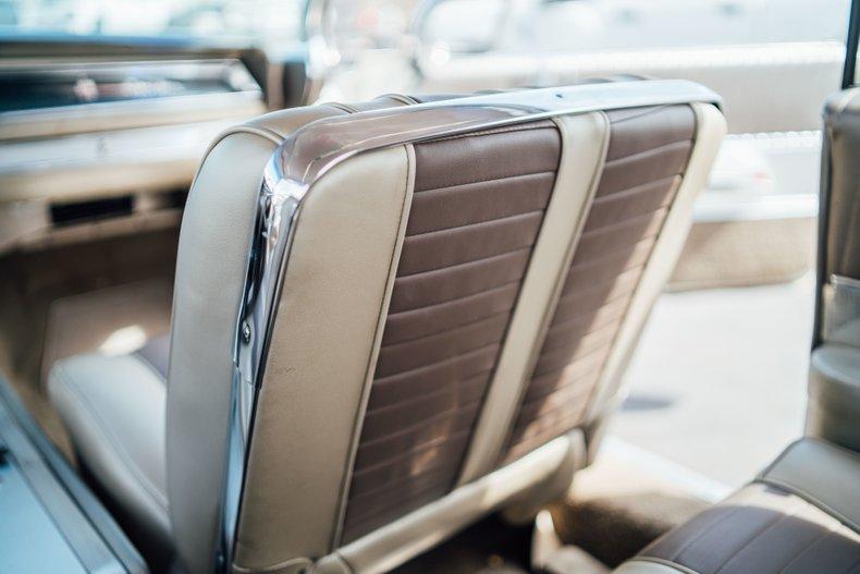 1962 Oldsmobile Starfire 67