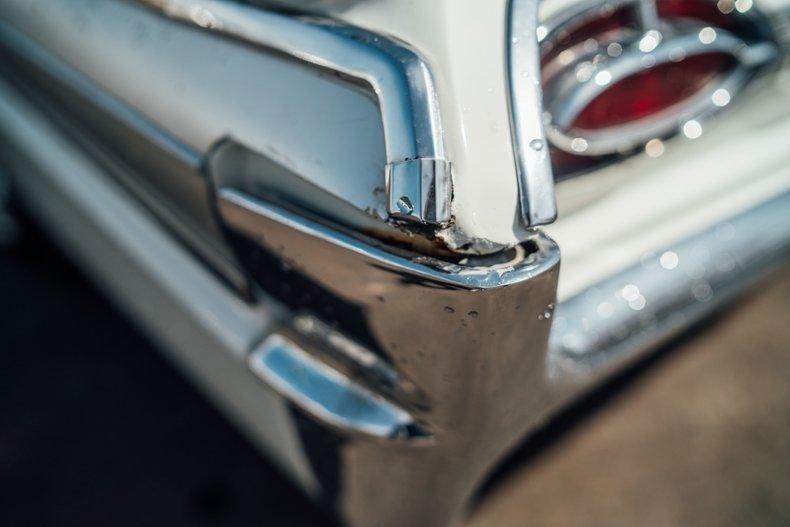1962 Oldsmobile Starfire 124