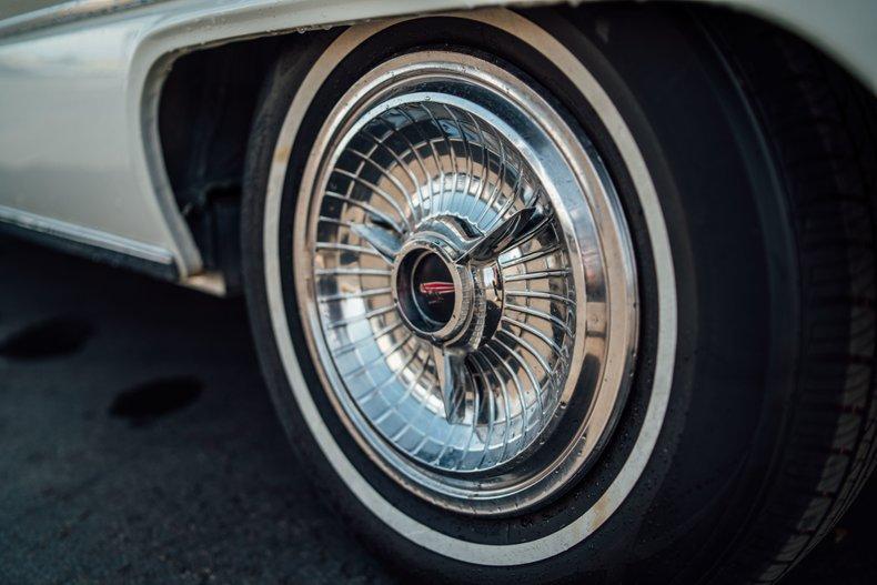 1962 Oldsmobile Starfire 126