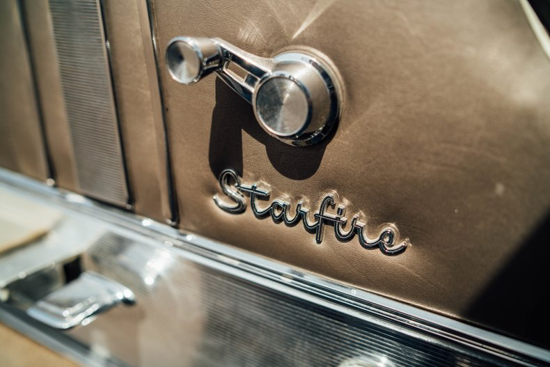 1962 Oldsmobile Starfire 161