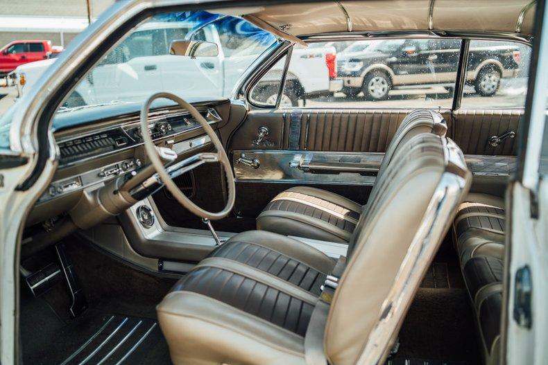 1962 Oldsmobile Starfire 165