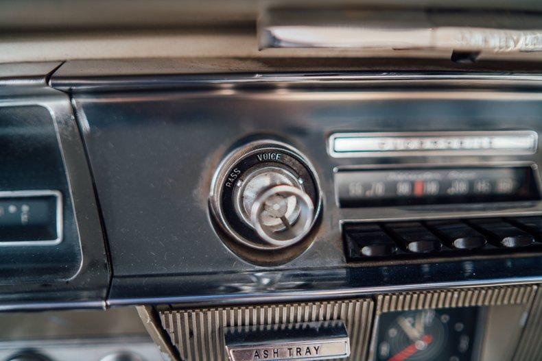 1962 Oldsmobile Starfire 178