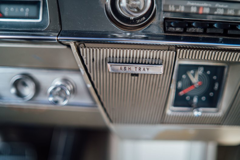 1962 Oldsmobile Starfire 180