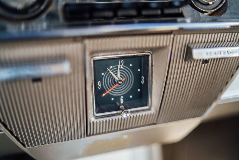 1962 Oldsmobile Starfire 181