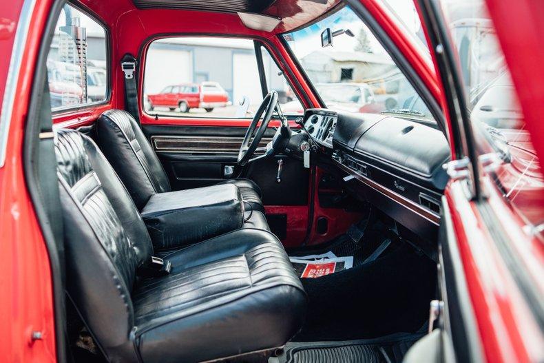 1979 Dodge D150 Li'l Red Express 26