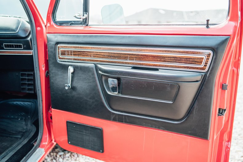 1979 Dodge D150 Li'l Red Express 29