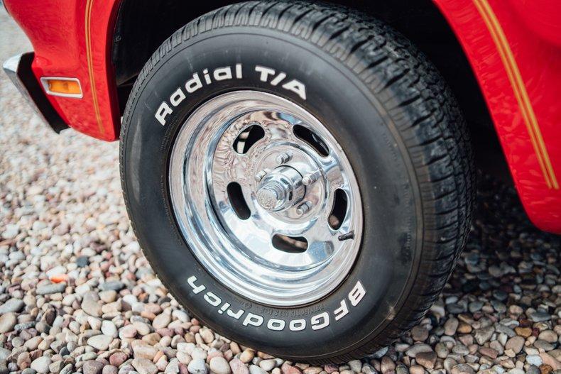 1979 Dodge D150 Li'l Red Express 24