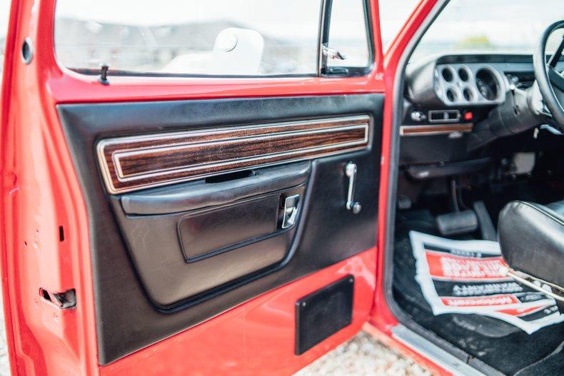 1979 Dodge D150 Li'l Red Express 88