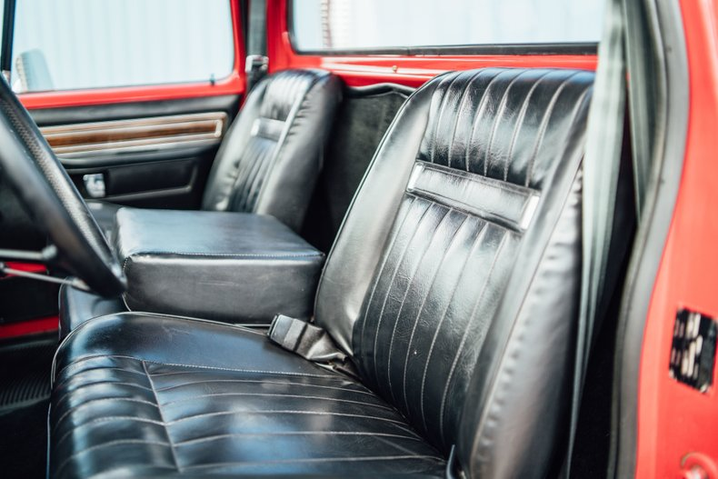 1979 Dodge D150 Li'l Red Express 90