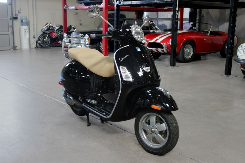 2007 VESPA 250 GTS For Sale