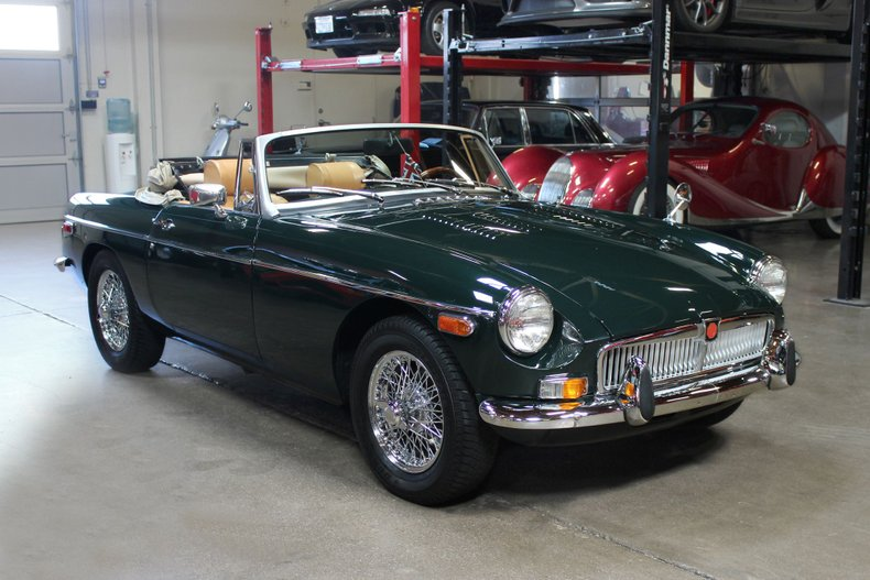 1975 MG B For Sale