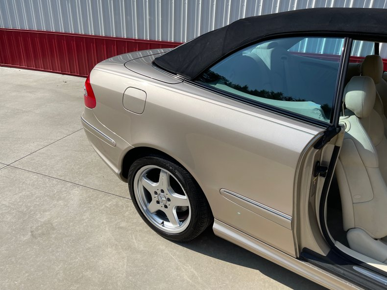 2004 Mercedes-Benz CLK500