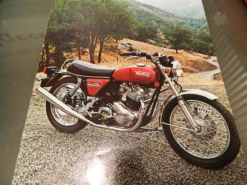 1975 Norton Commando 850