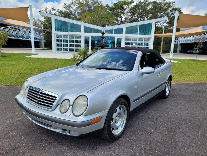 1999 Mercedes Benz CLK 320