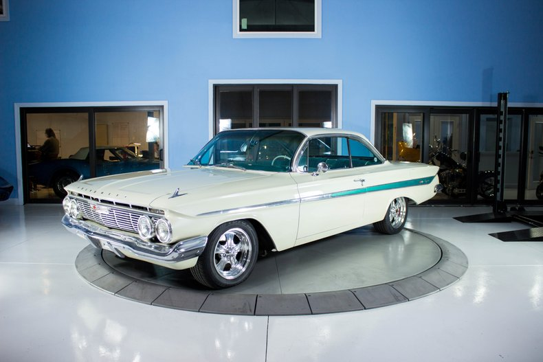 1961 Chevrolet Impala Bubble-Top