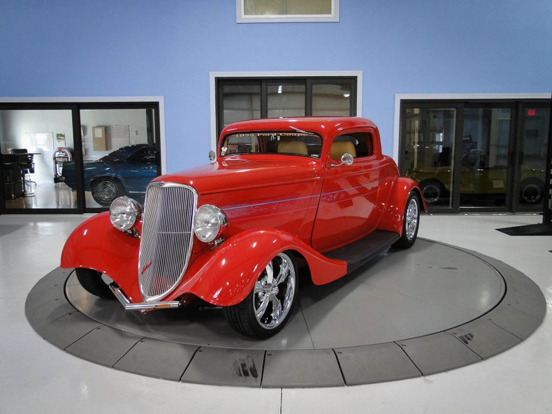 1933 Ford 3 Window Coupe 1
