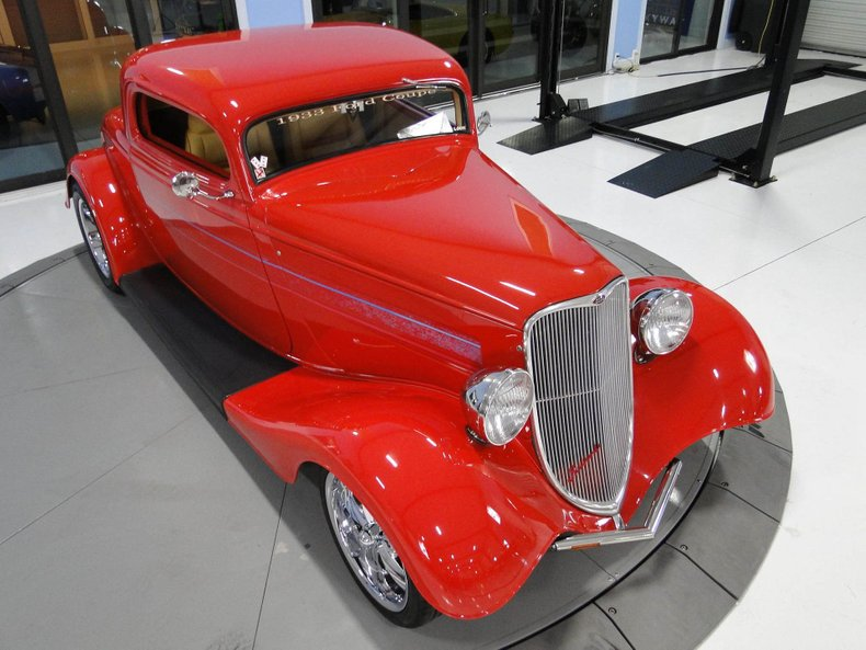 1933 Ford 3 Window Coupe 9