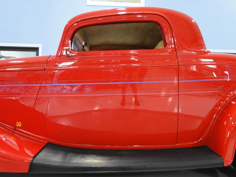 1933 Ford 3 Window Coupe 13