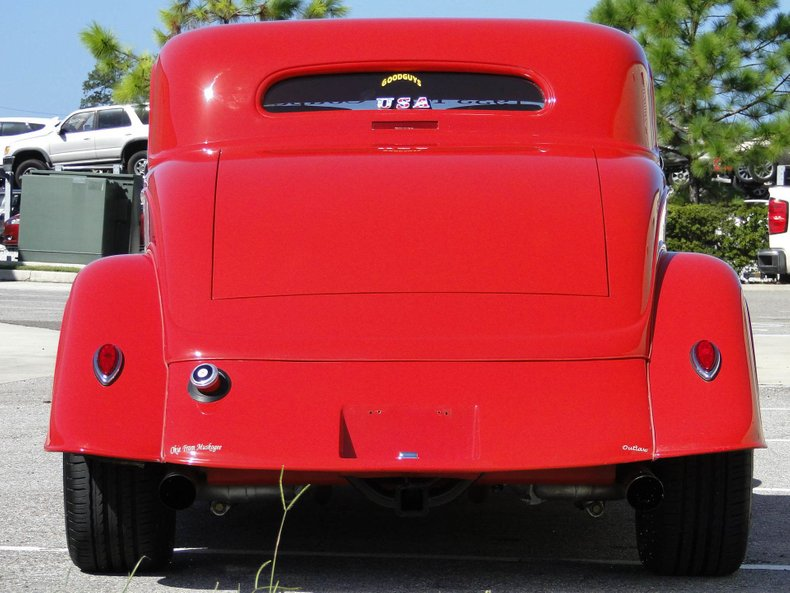 1933 Ford 3 Window Coupe 31
