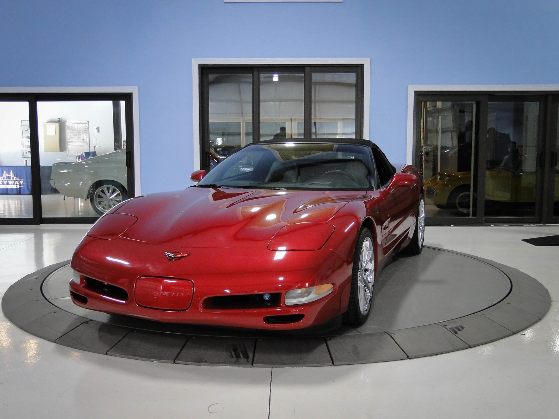 2000 chevrolet corvette 2dr convertible