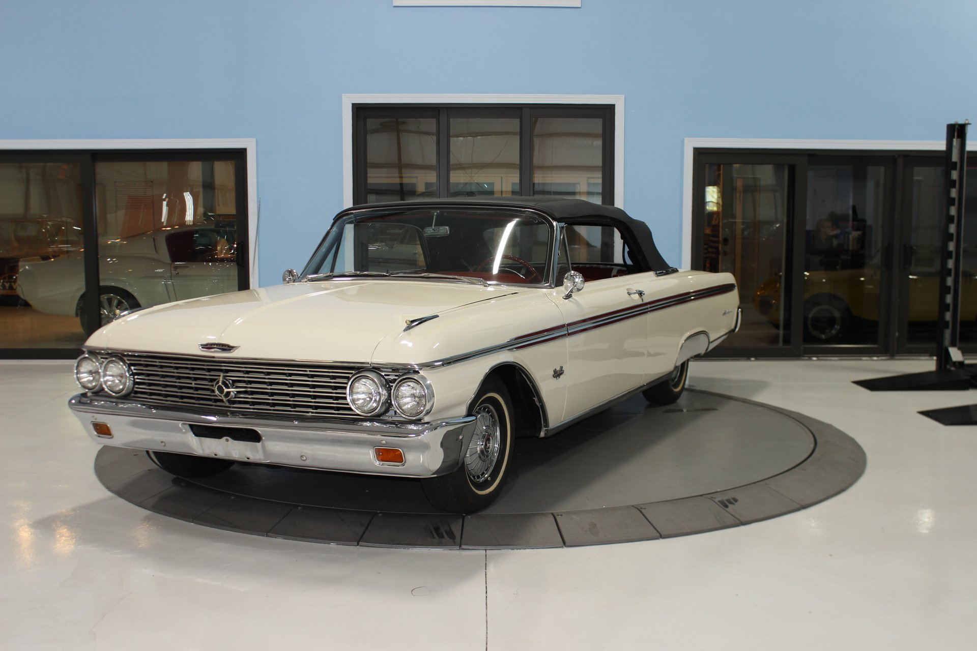 1962 ford galaxie sunliner 500