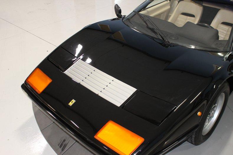 1983 Ferrari BB512i 13