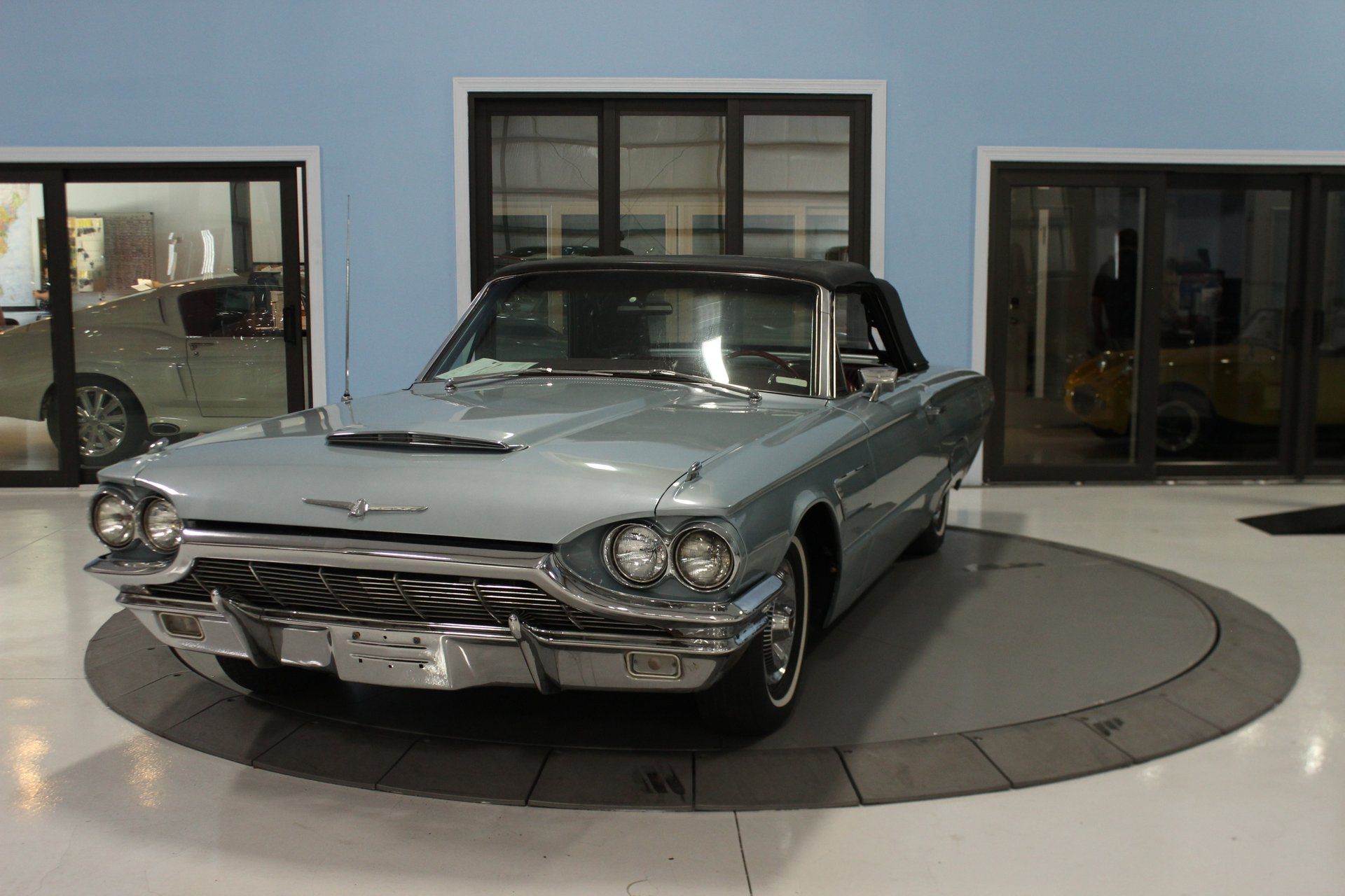 1965 ford thunderbird 2dr convertible deluxe