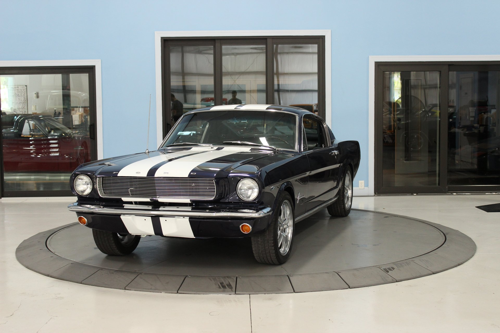 1965 ford 2 2 fastback