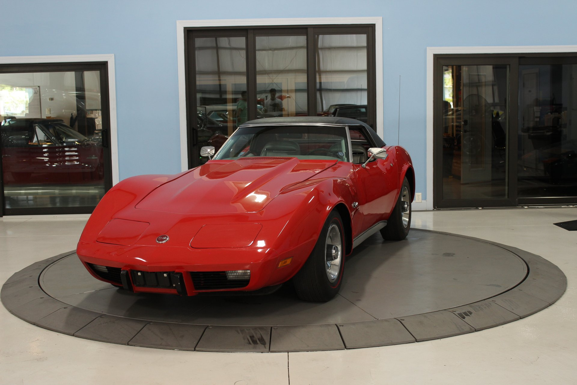 1975 chevrolet corvette stingray convertible
