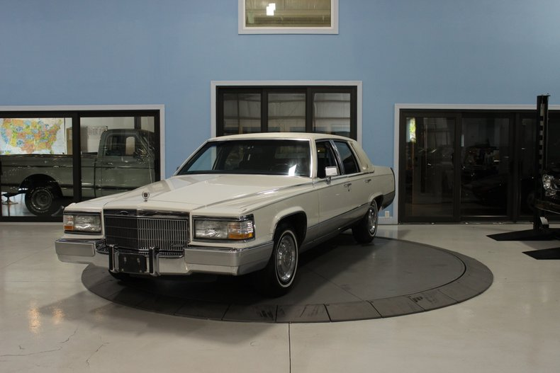 1991 Cadillac Fleetwood For Sale