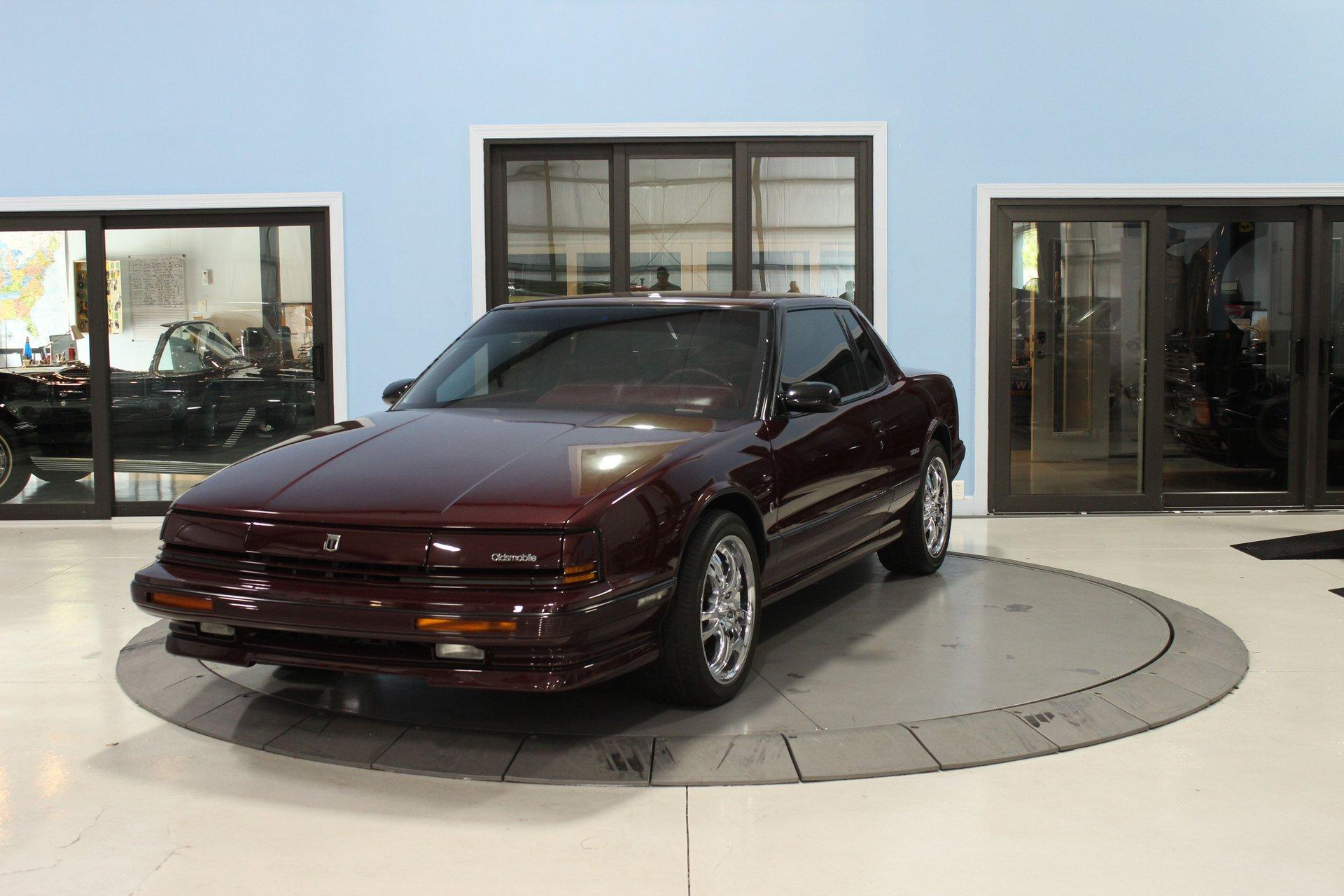1991 oldsmobile toronado 2dr coupe trofeo