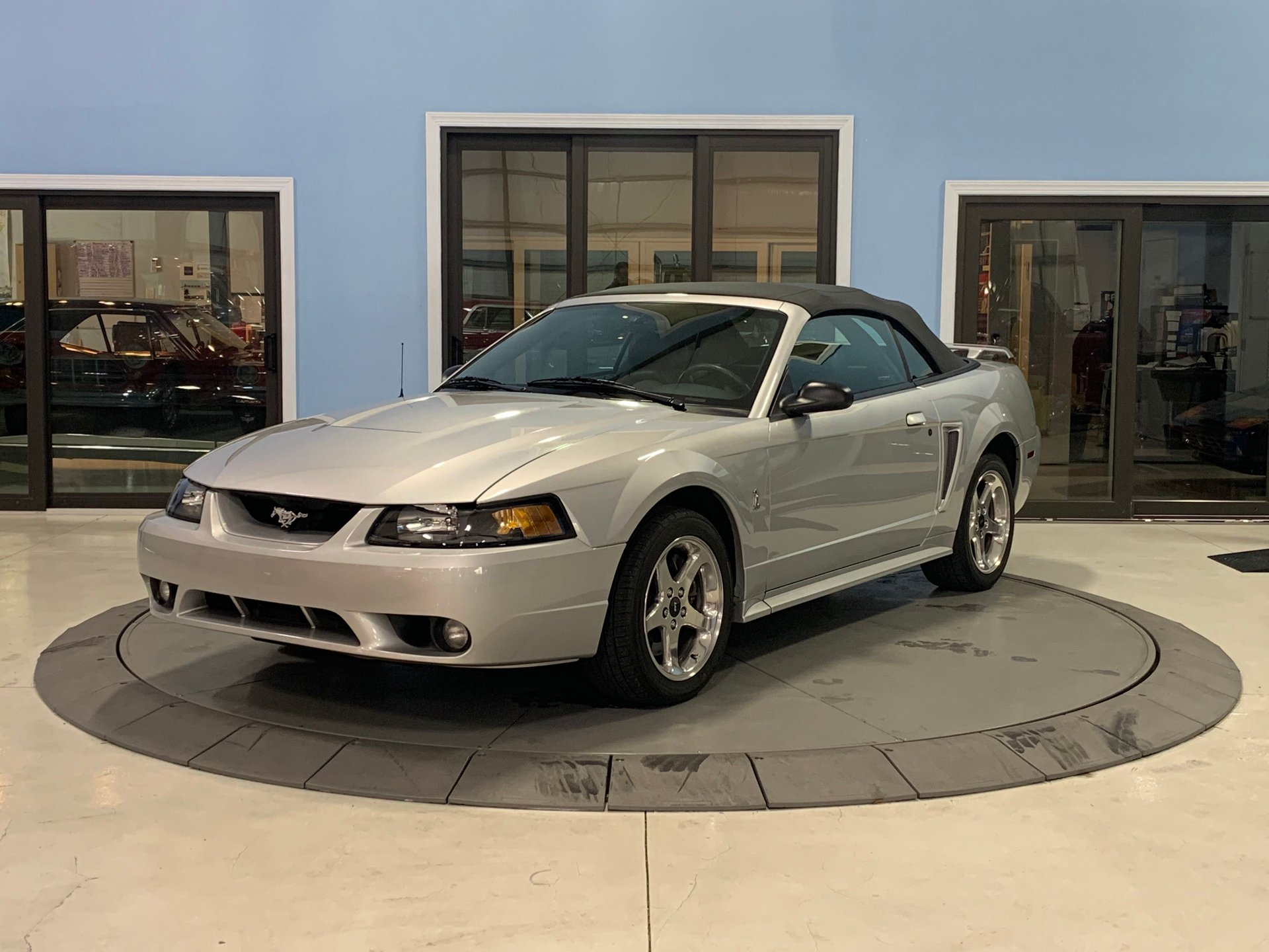 2001 ford mustang convertible svt cobra