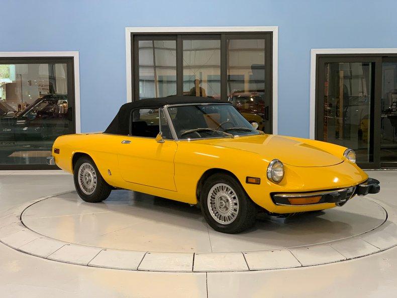 1974 Alfa Romeo 1300 Spider 7
