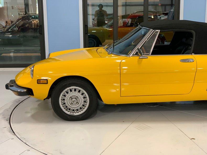 1974 Alfa Romeo 1300 Spider 14