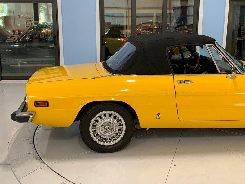 1974 Alfa Romeo 1300 Spider 22