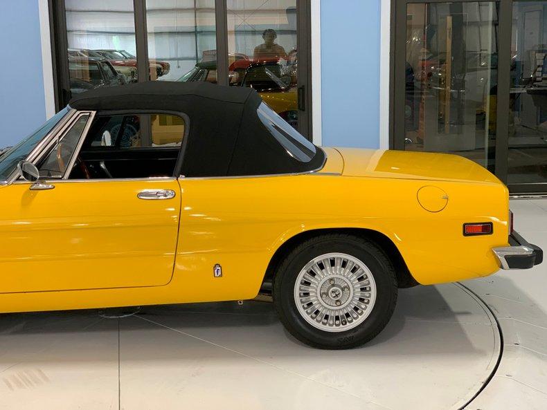 1974 Alfa Romeo 1300 Spider 15