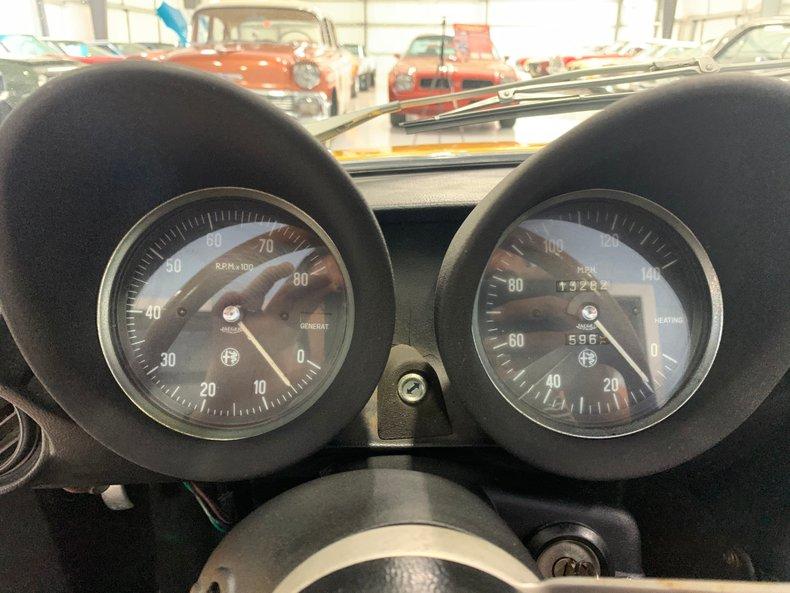 1974 Alfa Romeo 1300 Spider 26