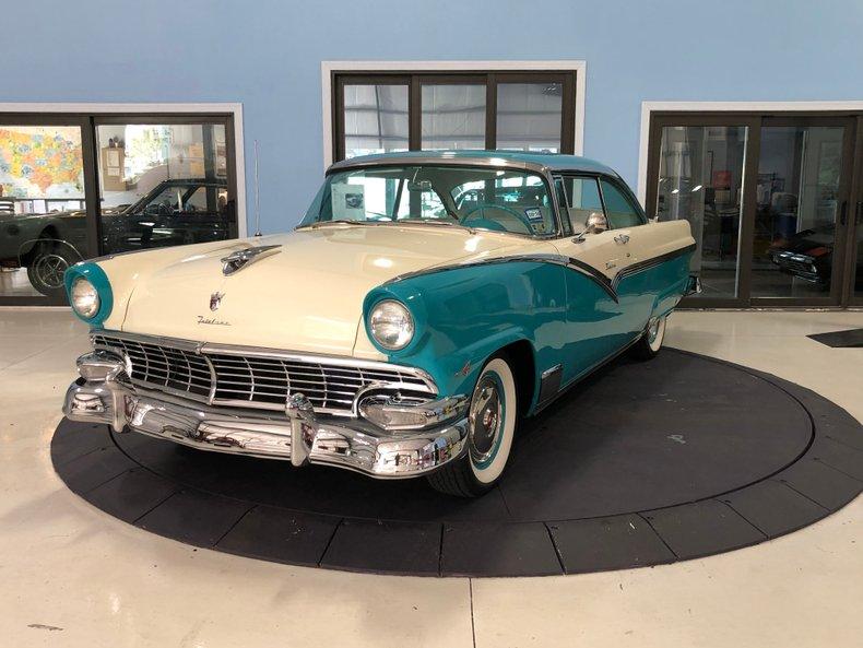 1956 Ford Customline Tudor Victoria
