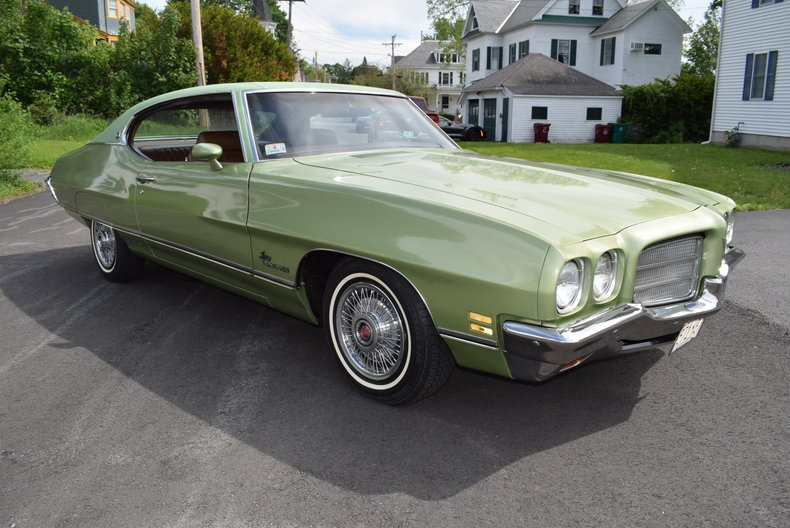 1972 Pontiac Luxury LeMans