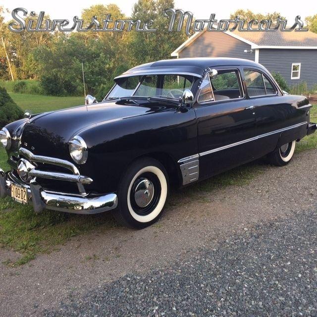 1949 Ford Custom Deluxe