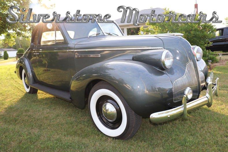 1939 Buick 8