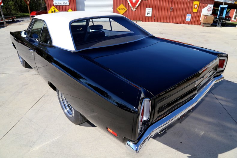 1969 Plymouth Road Runner 17