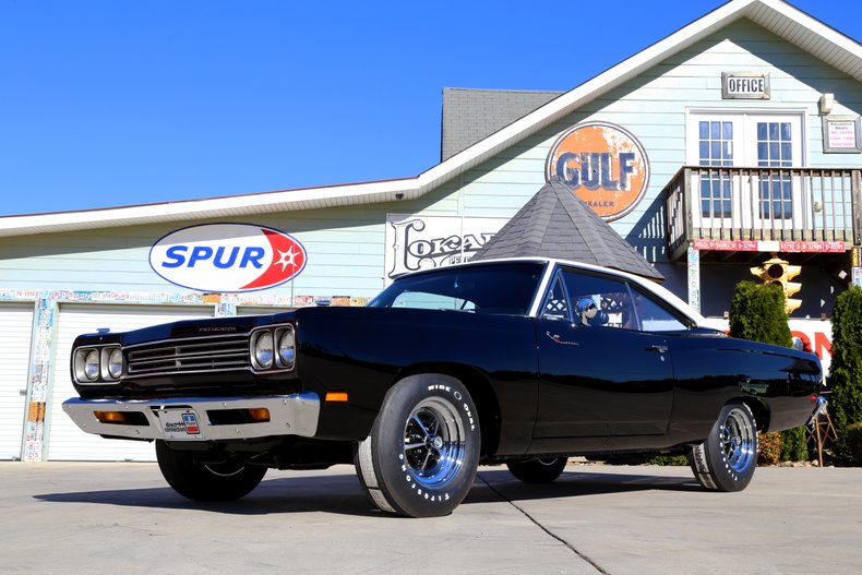 1969 Plymouth Road Runner 13
