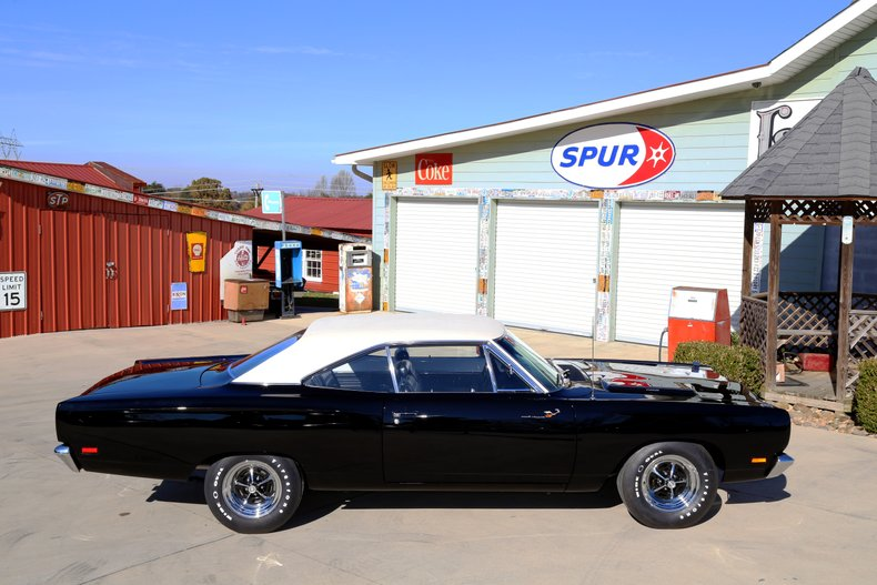 1969 Plymouth Road Runner 27