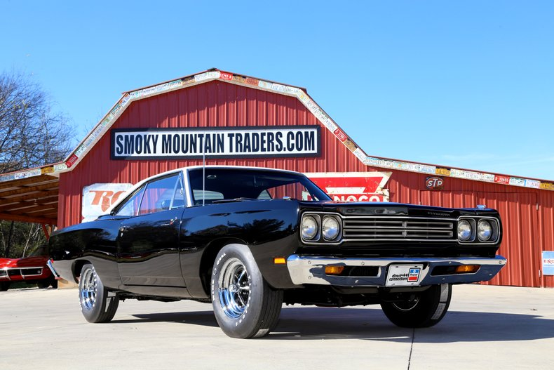 1969 Plymouth Road Runner 6